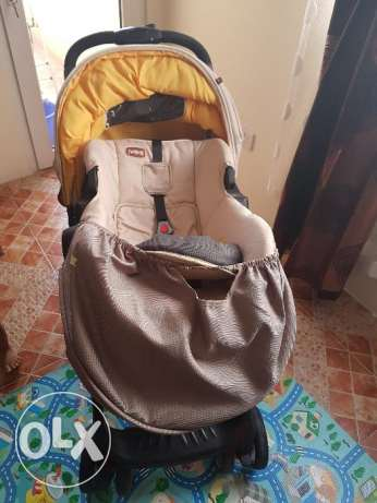 Baby walker and stroller with car seat