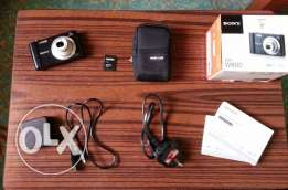 Sony DSC-W800 digital camera excellent condition