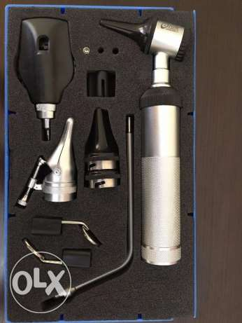 Otoscope/ ophthalmoscope