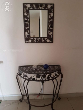 table - table and mirror