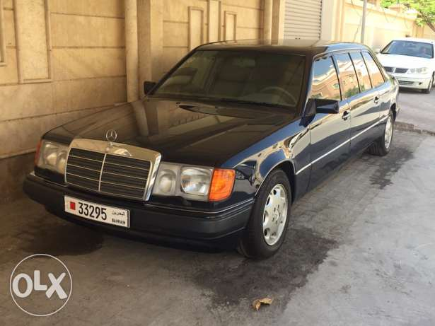 Mercedes limousine in brand new condition actual mileage 11,000km