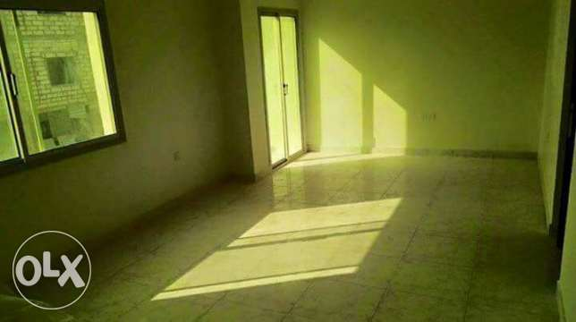 Hidd: 3 Bedroom 2 bath unfurnished apartment for rent
