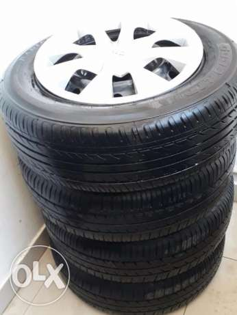 4 tyres with rings and clips original
