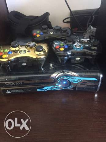XBOX 360 with 3 Controllers