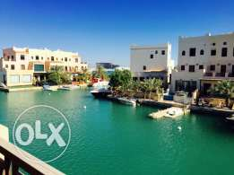 Villa for Sale in Floating city Amwaj island