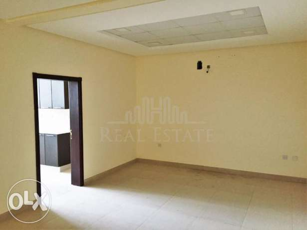 Commercial 2 Bedroom Apartment In Tubli
