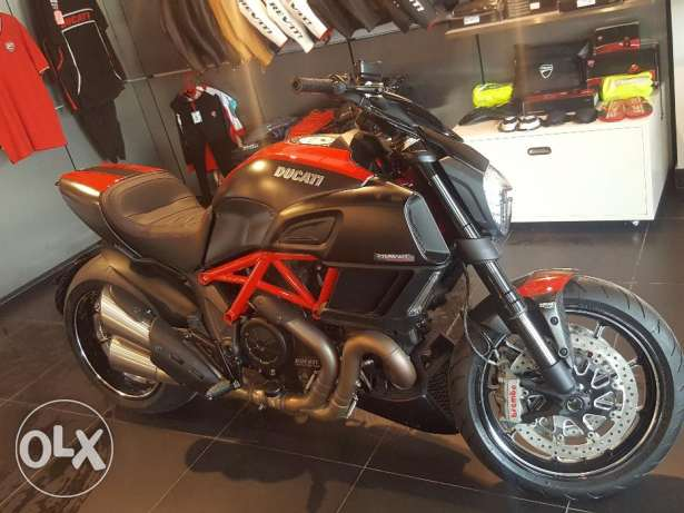 2015 Ducati Diavel carbon edition Brand new