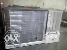 Samsung windoow A/C good conditions 1.5 ton and electronic workshop