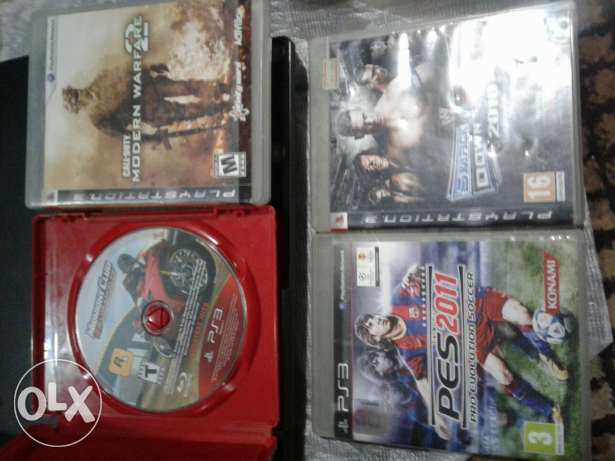 Playstation 3 slim very very good condition with box and 4 games