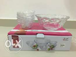 Kitchen Item - NEW and Boxed - Glass Bowl Set and Glasses