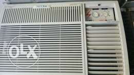 pearl window ac 2 ton good conditon