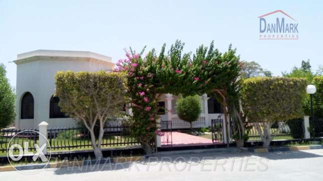 BD 950/ 4 BR single story villa with Private Garden for rent in SAAR