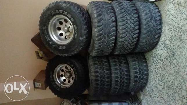 For sale Jeep Wrangler tires two kits from 1986 to 2006 and from 2007
