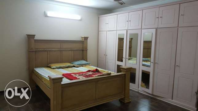 Hidd: 1 bedroom fully furnished 1 bath without kitchen flat for rent