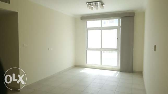 Deluxe 3 BHK / Buhair semi furnished with amenities