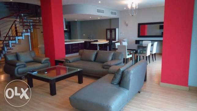 4 BR Fully Furnished Duplex Apartment in Amwaj