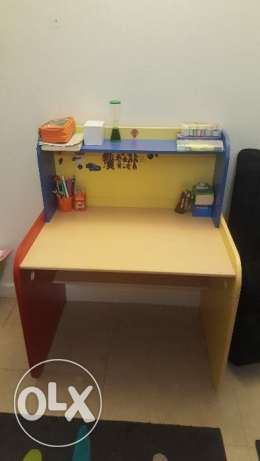 Study table for kids