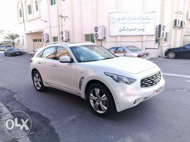 2011 Infiniti FX35 Full Options Excellent Condition one owner