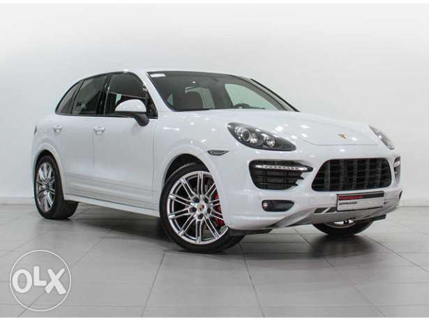 Porsche Cayenne GTS Tiptronic WHITE ex RED in