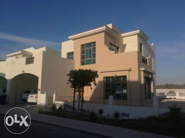 Beautiful 3 bedroom villa for sale at Riffa Views