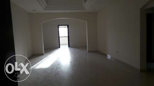 250 sqr mtr 3+2 bedroom office apmnt in Busaiteen Just BD. 700/-