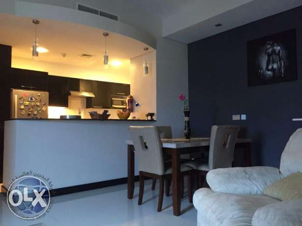 Luxurious one bedroom apartment available for urgent sale جفير -  4