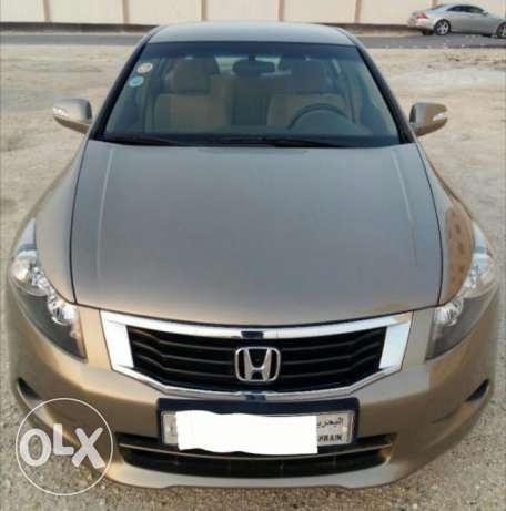 Urgent Sale: Honda Accord V4 2009, 58000 kms, Beige (Golden) color