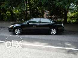 Black Nissan altima 2005 in good conditions