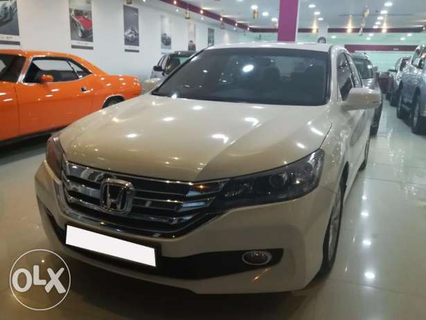 Honda Accord 2015 V4 Sunroof