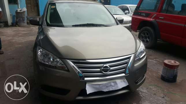 For sale Nissan Sentra 1.8 passing October contact num 33074155