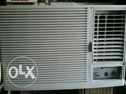 supra 2 ton window ac good condtion