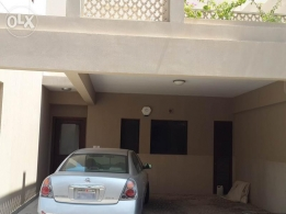 4 Bedroom semi furnished villa with beach access,gym,play area