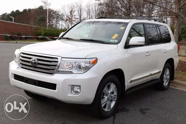Next to new Used 2014 Toyota Landcruiser GXL