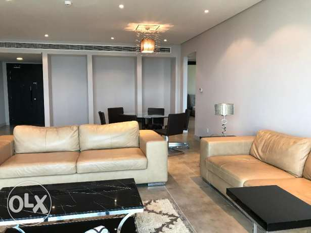 Spacious 2 Bedroom Amazing Apartment in Amwaj