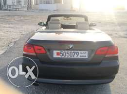 Bmw 320 convertible in good condition model 2009