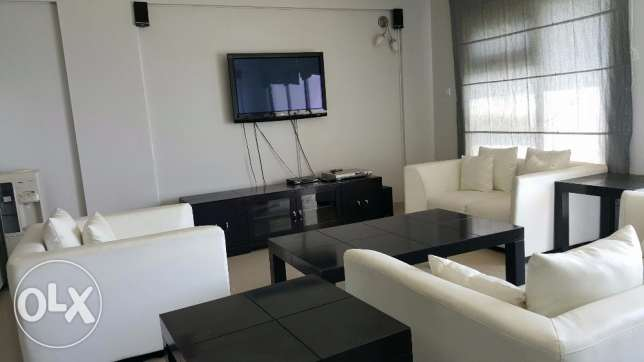 2 Bedroom lovely f/f Apartment in Amwaj