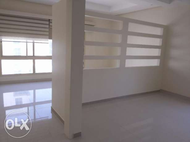 2 bedroom office flat for rent
