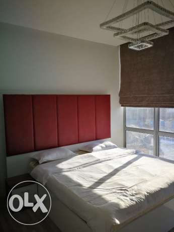 Fully furnished 1 bedroom apartment contemporary style in Janabiya