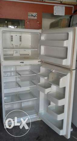 LG fridge for sale good conditions good working good cooling delivery