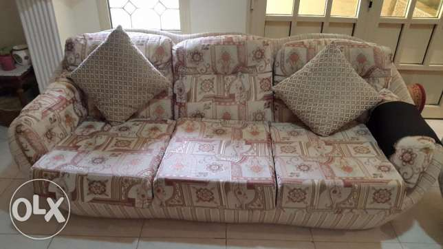 3 piece Couch set - 1x 3seater / 2×singles +6x chairs - good