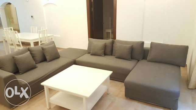 Super spacious 3 bhk apart with gym/pool Near to St Christopher school