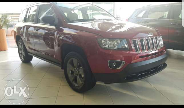 Car for sale Jeep Compass North 2.4L 2016,September fully insured , Da