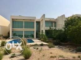 Seafront Luxury villa at durrat al Bahrain