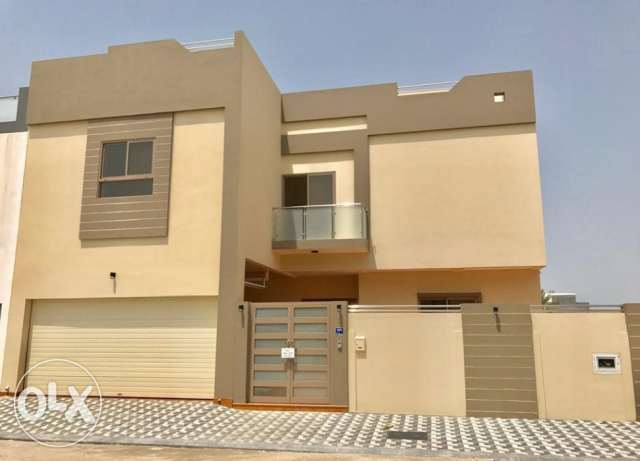 Luxury Villa for Sale in Janabiya Area