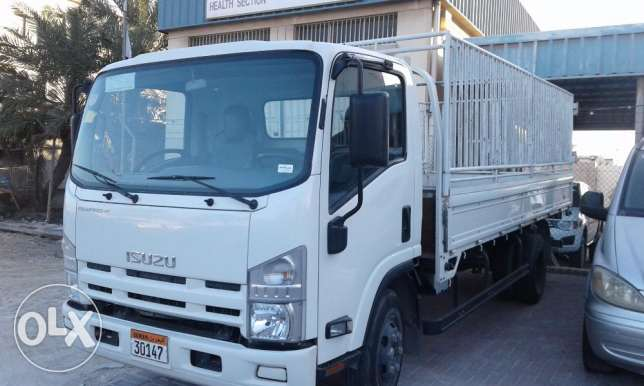 For sale Isuzu cargo truck (model 2015)