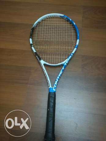 tannis racket (babolat)and squash (harrow),