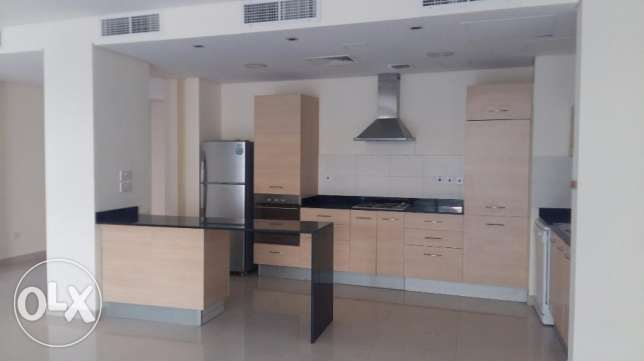 Luxurious 4 Bedrooms huge villa Semi furnished very nice finishing