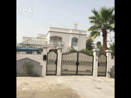 luxury villa in sanad. 7 bedroom