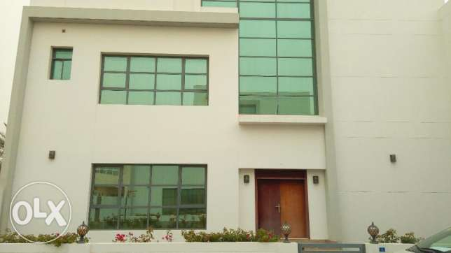 Spacious 4 BR Semi Furnished Villa in Saar Compound
