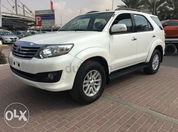 2013 Toyota Fortuner V6 4.0L, Agent maintained, Full option